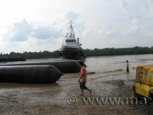 max Malaysia tugboat launch